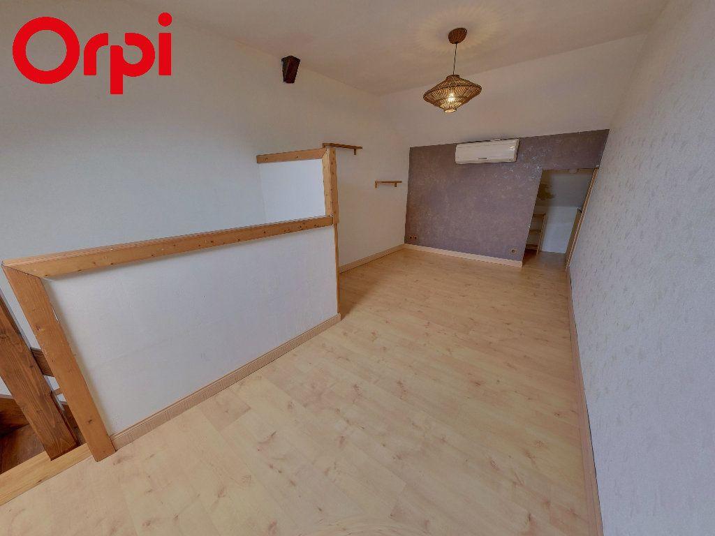 Appartement à vendre 2 50m2 à Nanteuil-le-Haudouin vignette-2