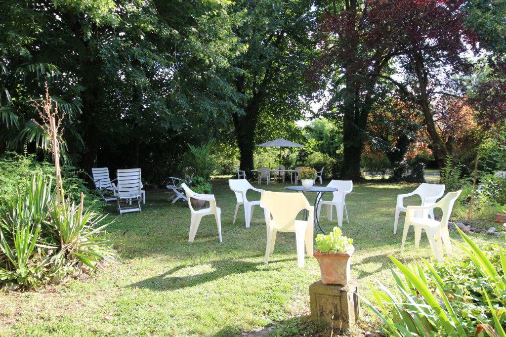 Maison à vendre 15 500m2 à Castelnau-d'Estrétefonds vignette-3