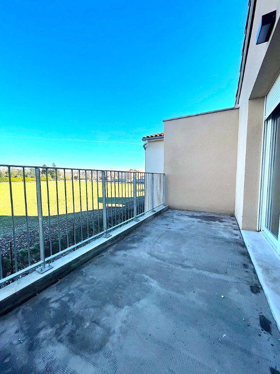 Appartement à vendre 3 60m2 à Castelginest vignette-3