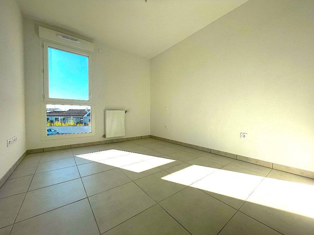 Appartement à vendre 3 60m2 à Castelginest vignette-4