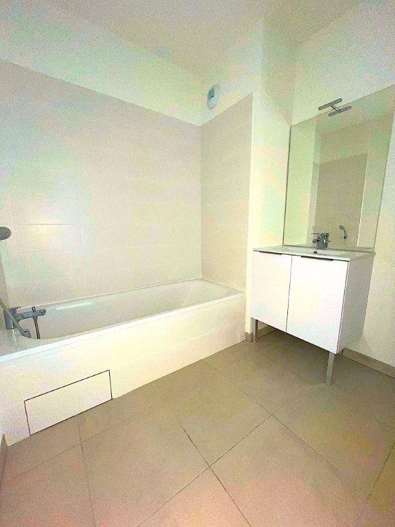 Appartement à vendre 3 60m2 à Castelginest vignette-5