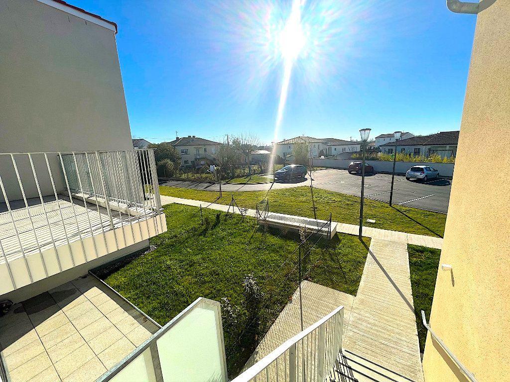 Appartement à vendre 3 60m2 à Castelginest vignette-6