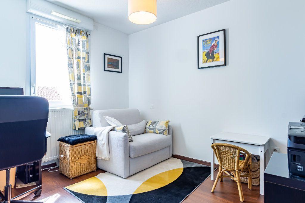 Appartement à vendre 5 113.95m2 à Colomiers vignette-8