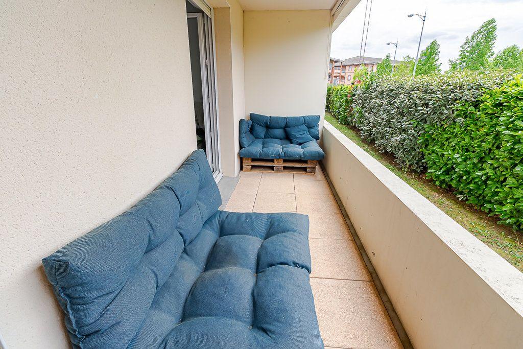 Appartement à vendre 3 63.9m2 à Colomiers vignette-3
