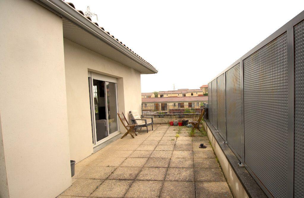 Appartement à vendre 3 62.05m2 à Montrabé vignette-3