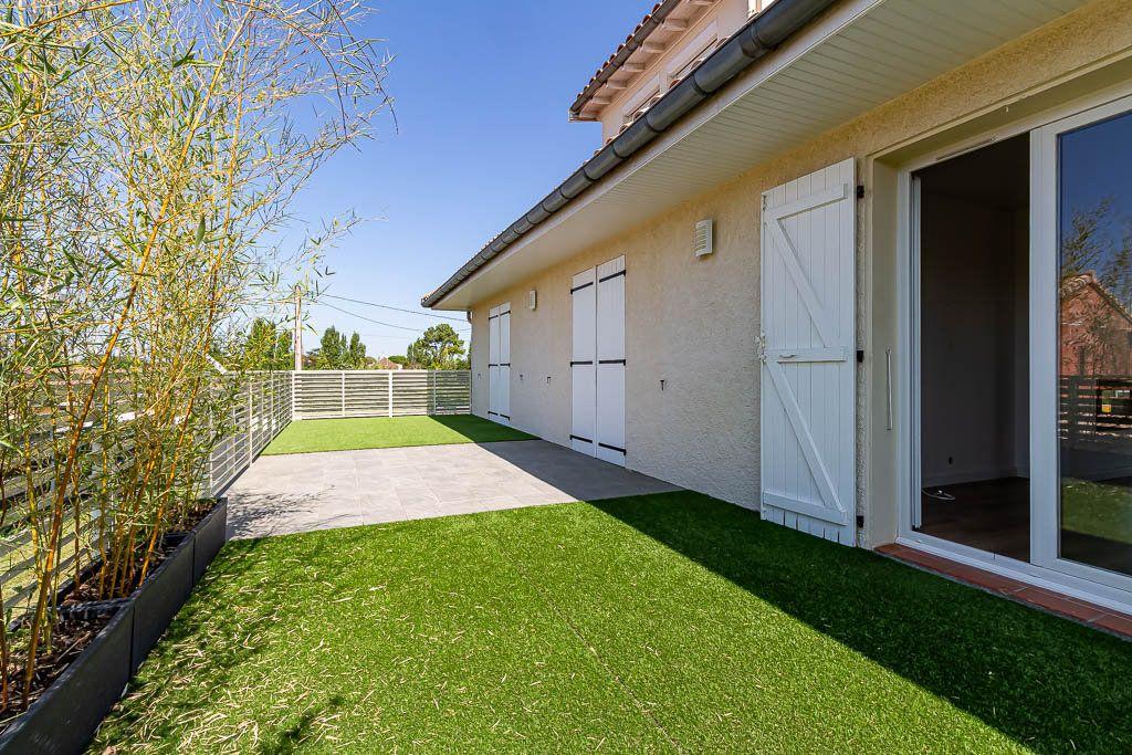 Maison à vendre 7 180m2 à Saint-Jean vignette-1
