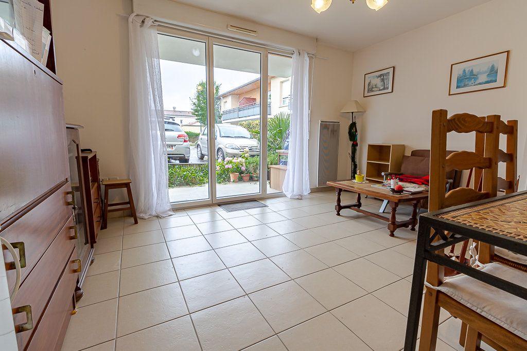 Appartement à louer 2 43.23m2 à Roquettes vignette-6