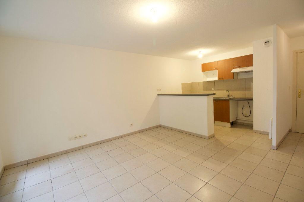 Appartement à vendre 3 55m2 à Gagnac-sur-Garonne vignette-2