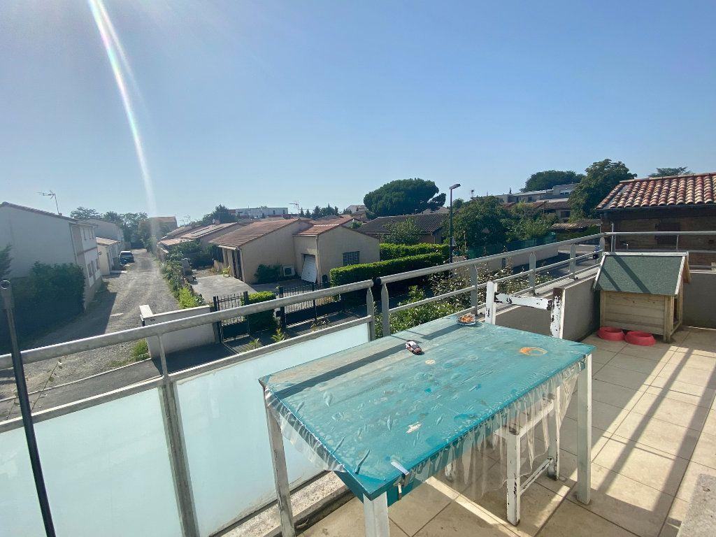 Appartement à vendre 3 62m2 à Toulouse vignette-3