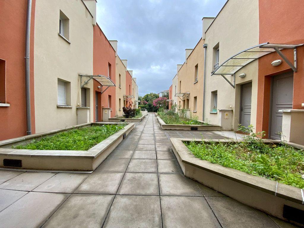 Appartement à vendre 4 84.2m2 à Toulouse vignette-3
