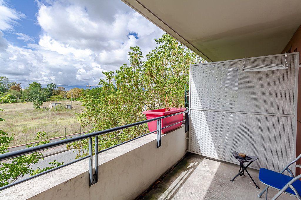 Appartement à vendre 3 53.7m2 à Toulouse vignette-2