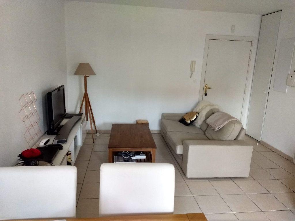 Appartement à louer 2 43m2 à Tournefeuille vignette-2