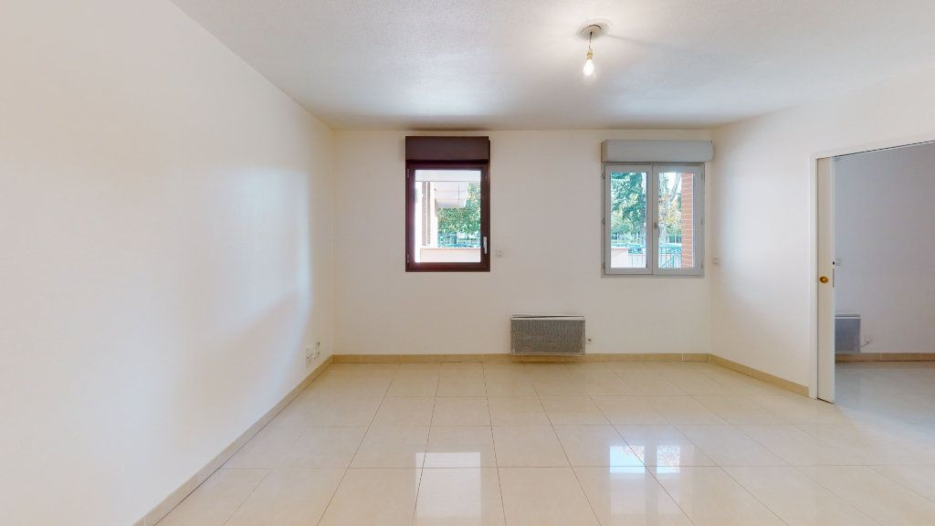 Appartement à louer 2 38m2 à Tournefeuille vignette-4