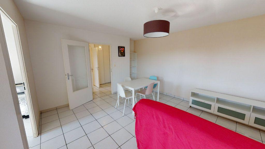 Appartement à louer 2 44m2 à Tournefeuille vignette-1