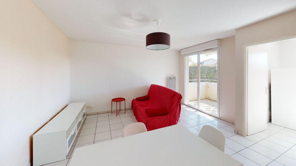 Appartement à louer 2 44m2 à Tournefeuille vignette-2