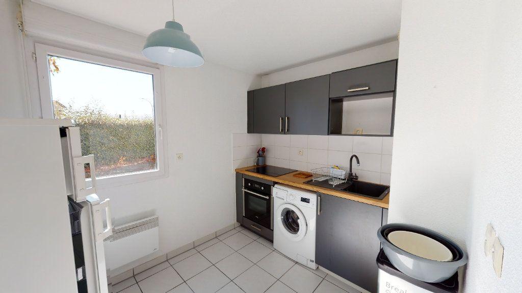 Appartement à louer 2 44m2 à Tournefeuille vignette-3