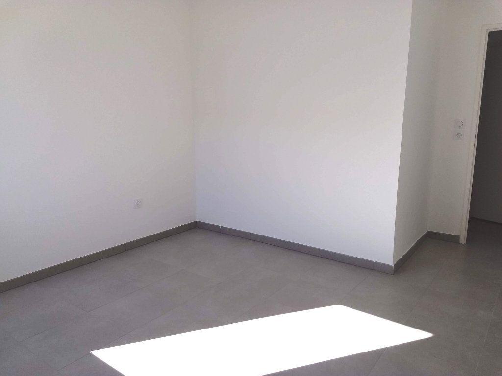 Appartement à louer 3 62m2 à Tournefeuille vignette-3