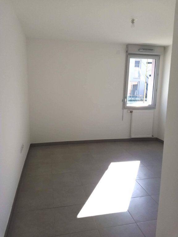 Appartement à louer 3 62m2 à Tournefeuille vignette-4