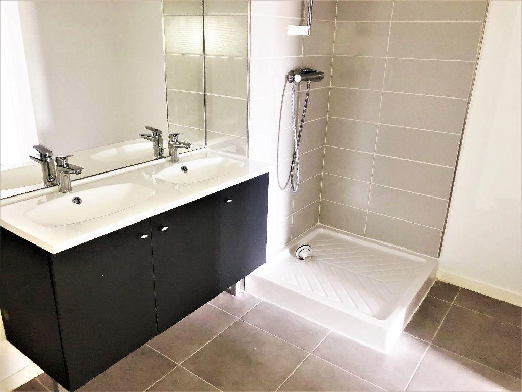Appartement à louer 3 66m2 à Toulouse vignette-5