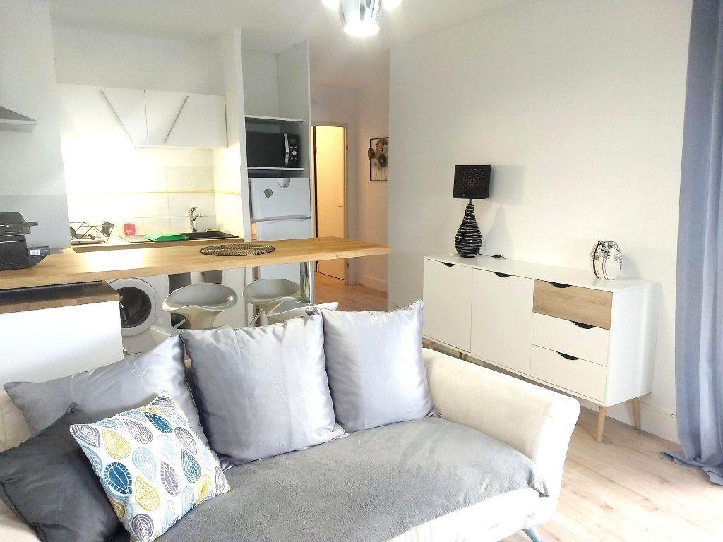 Appartement à louer 2 34m2 à Cugnaux vignette-4