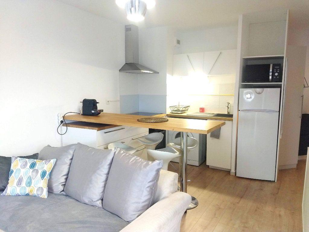 Appartement à louer 2 34m2 à Cugnaux vignette-5