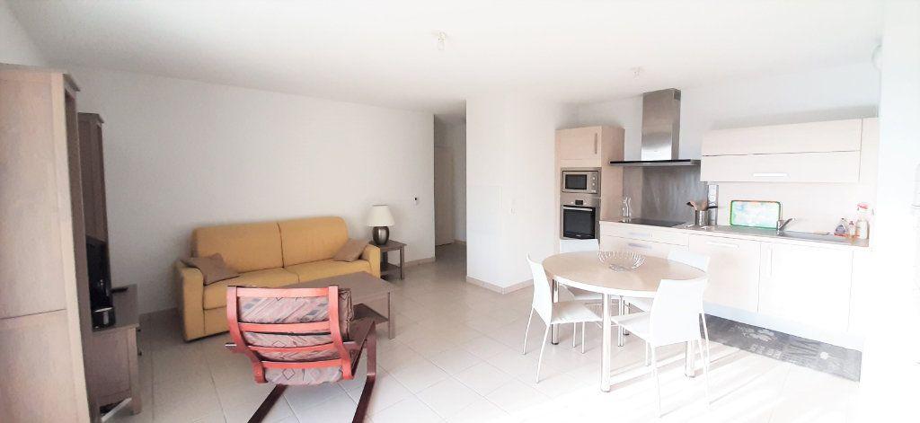 Appartement à louer 3 64.43m2 à Toulouse vignette-4