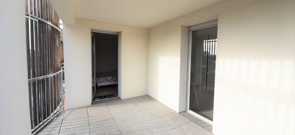 Appartement à louer 3 64.43m2 à Toulouse vignette-8