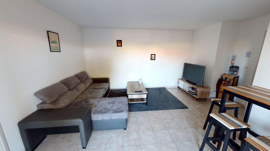 Appartement à louer 2 53m2 à Cugnaux vignette-2