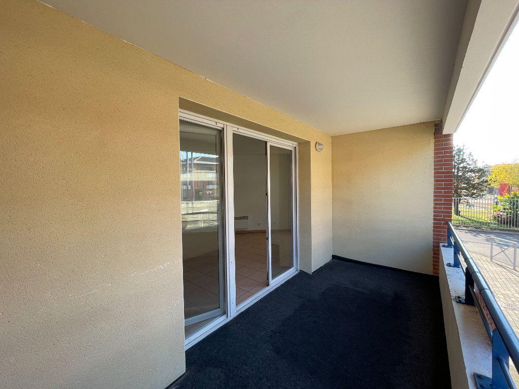 Appartement à louer 3 69.1m2 à Tournefeuille vignette-3