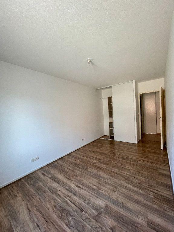 Appartement à louer 3 69.1m2 à Tournefeuille vignette-4