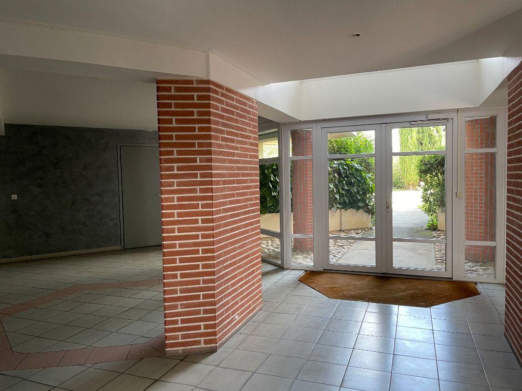 Appartement à louer 2 44.65m2 à Toulouse vignette-4