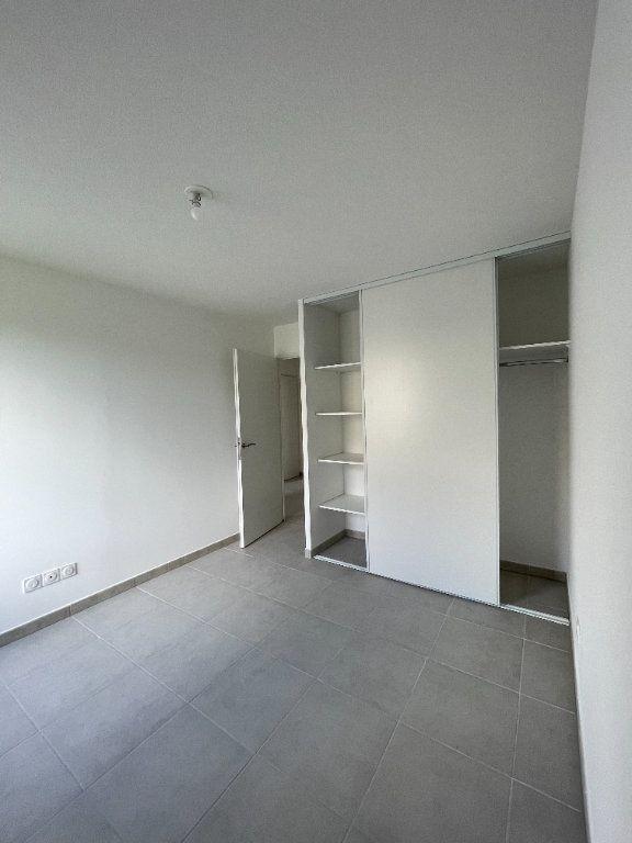 Appartement à louer 3 63.49m2 à Tournefeuille vignette-6