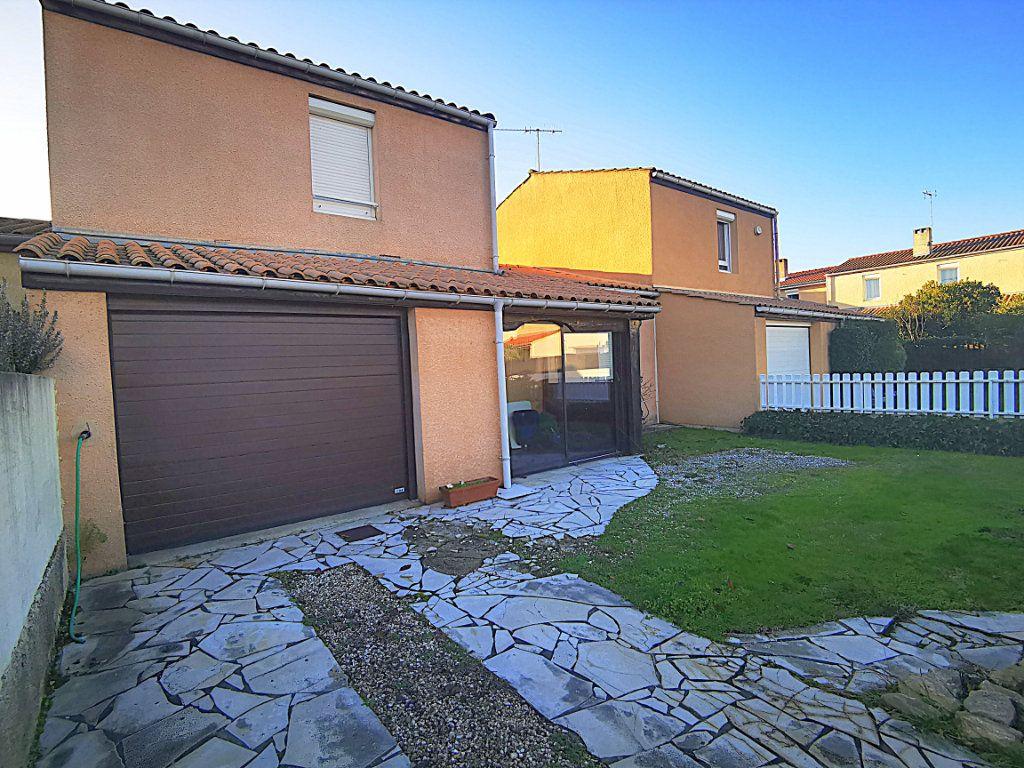 Maison à vendre 4 86m2 à Fonbeauzard vignette-1