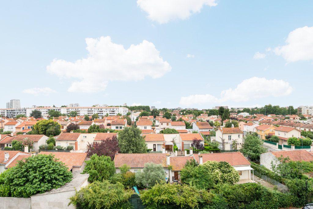 Appartement à vendre 4 92m2 à Toulouse vignette-2