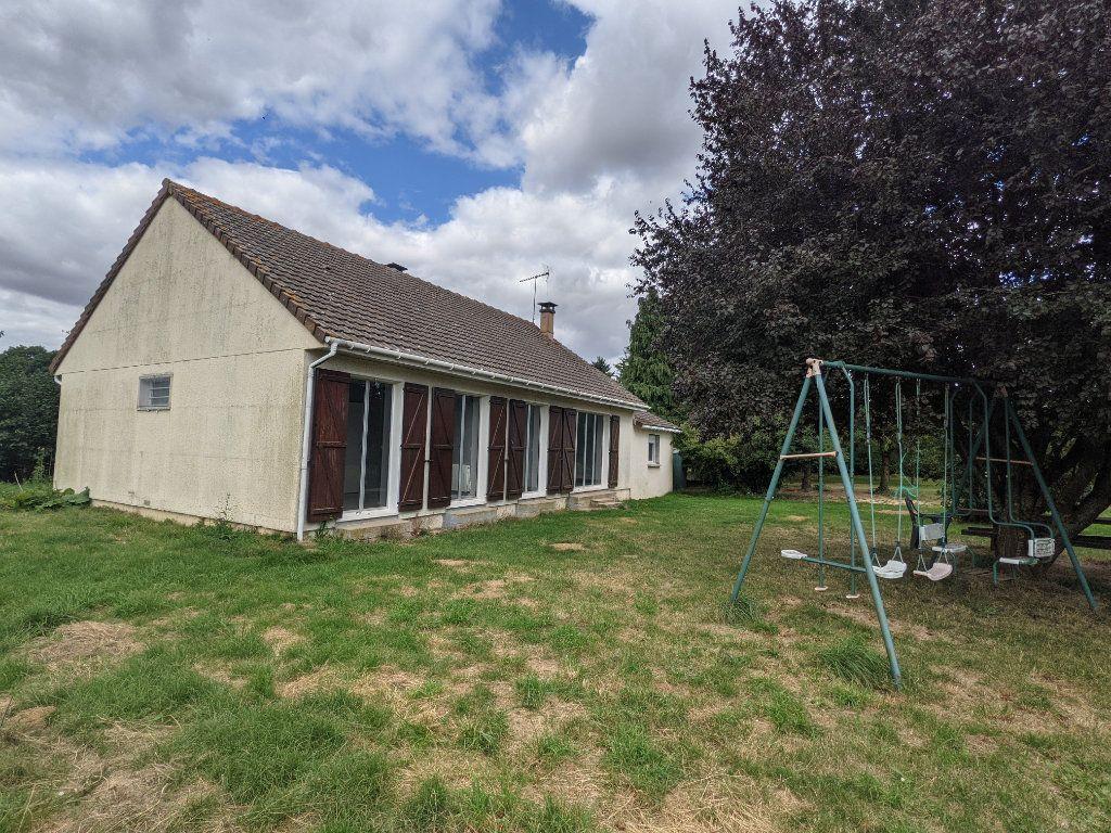 Maison à vendre 7 125m2 à Saint-André-de-l'Eure vignette-1