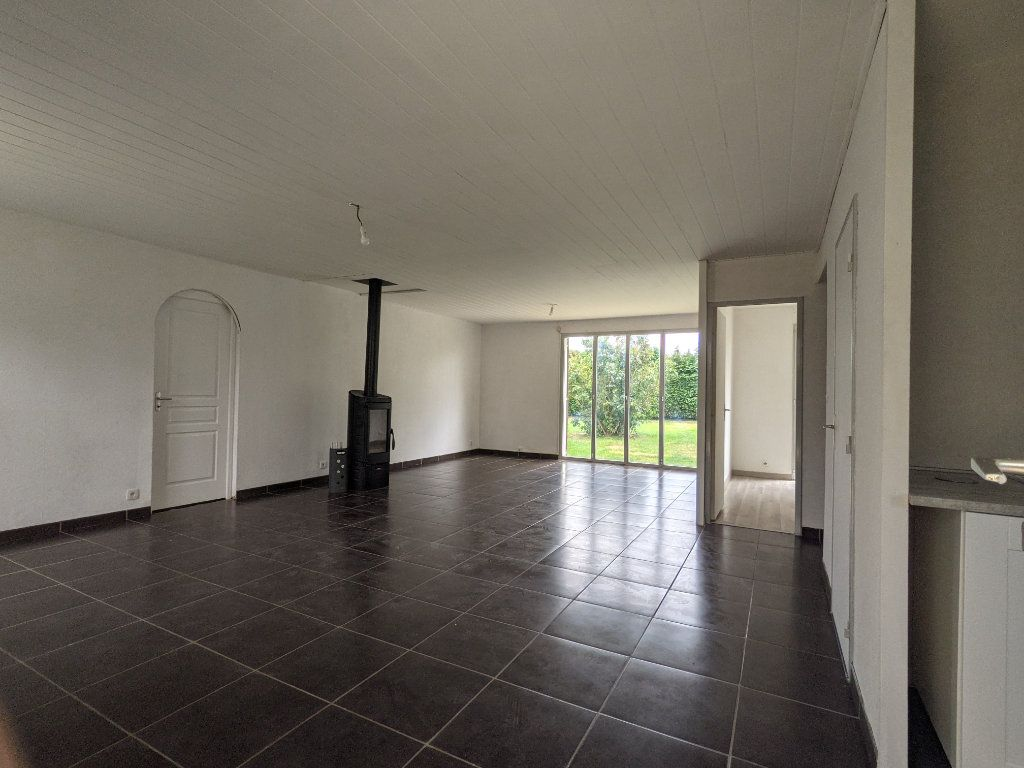 Maison à vendre 7 125m2 à Saint-André-de-l'Eure vignette-2