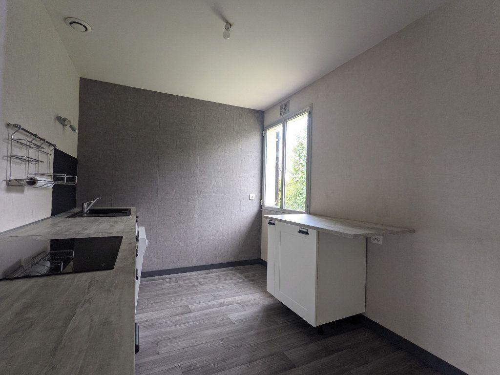 Maison à vendre 7 125m2 à Saint-André-de-l'Eure vignette-6