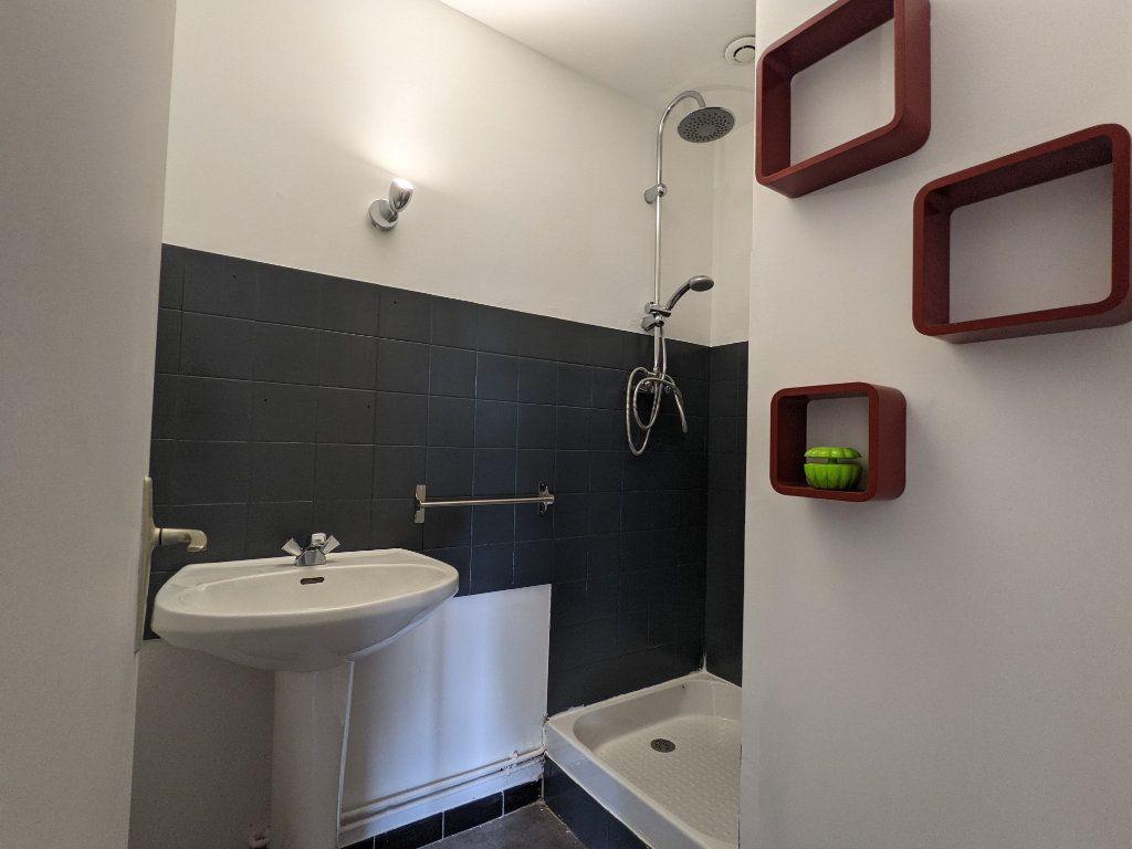 Maison à vendre 7 125m2 à Saint-André-de-l'Eure vignette-10