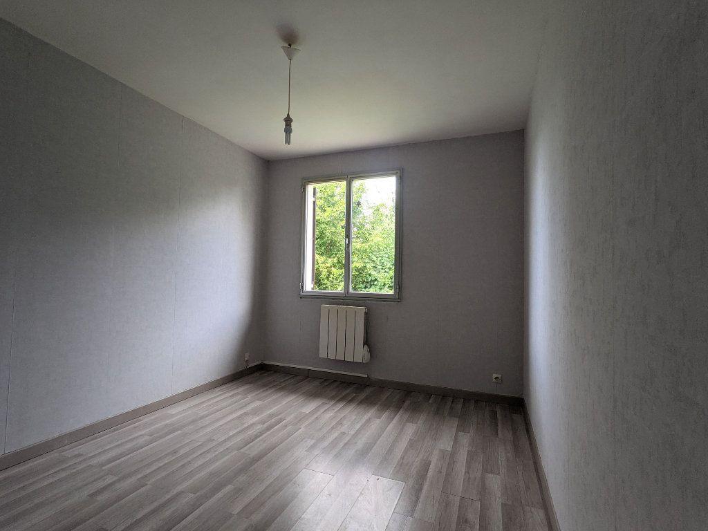 Maison à vendre 7 125m2 à Saint-André-de-l'Eure vignette-11
