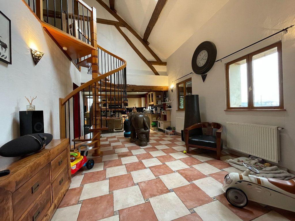 Maison à vendre 7 178m2 à Chavigny-Bailleul vignette-4