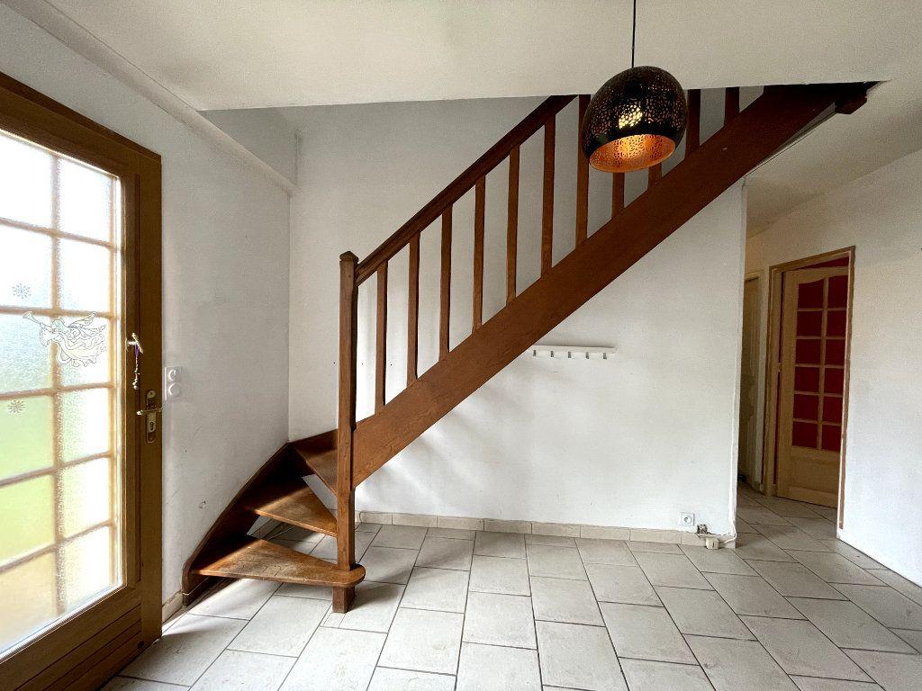 Maison à vendre 7 170.15m2 à Sylvains-les-Moulins vignette-4
