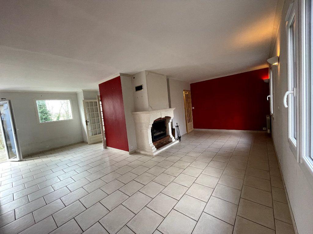Maison à vendre 7 170.15m2 à Sylvains-les-Moulins vignette-5