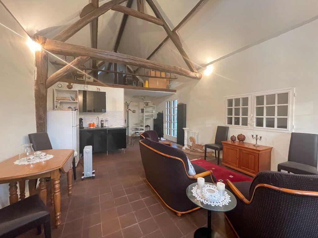 Maison à vendre 4 175m2 à Sylvains-les-Moulins vignette-13
