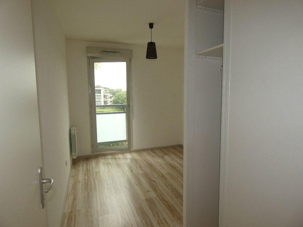 Appartement à louer 3 60.55m2 à Saint-Genis-Laval vignette-5