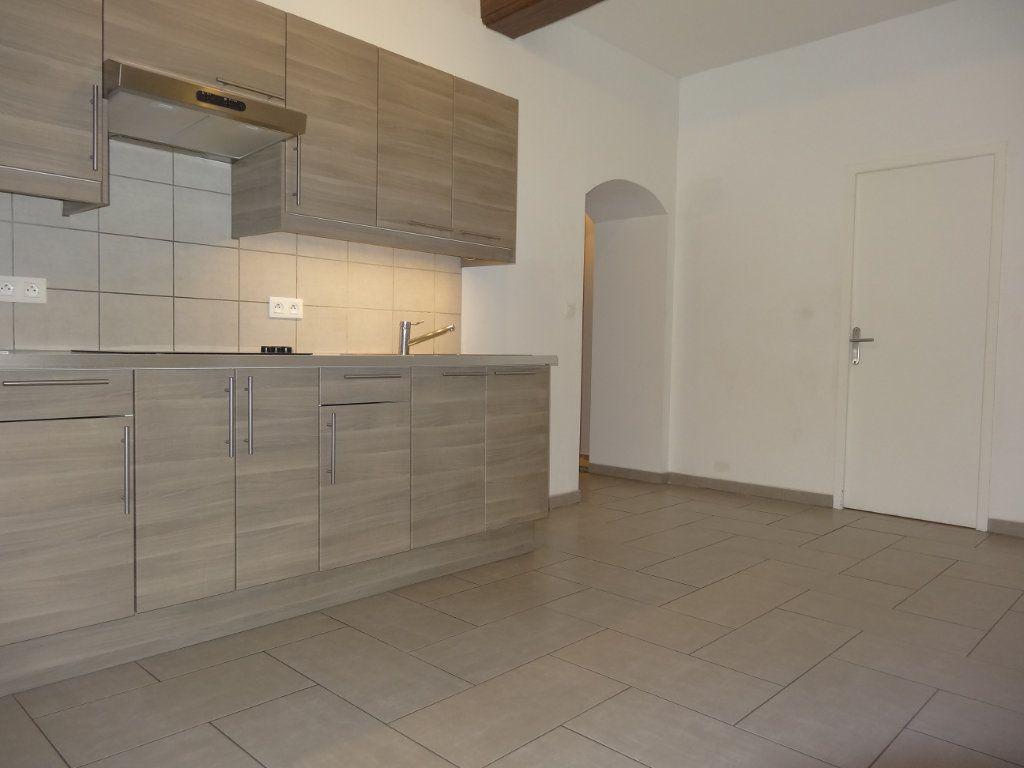 Appartement à louer 3 65.43m2 à Saint-Genis-Laval vignette-4