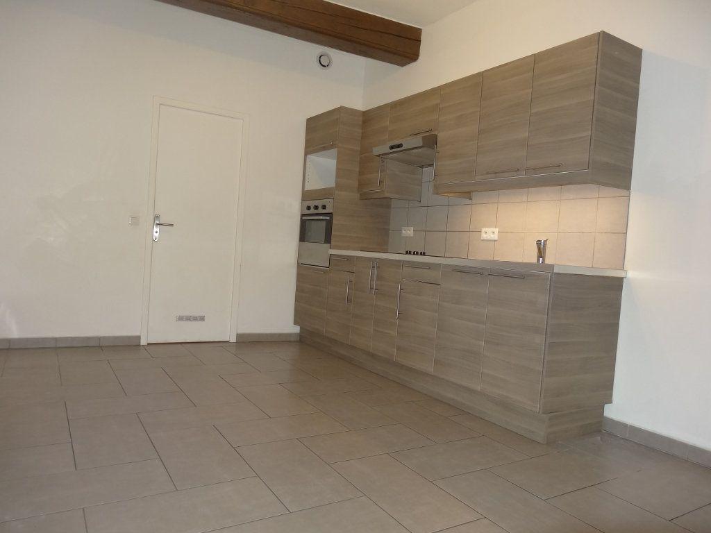 Appartement à louer 3 65.43m2 à Saint-Genis-Laval vignette-5