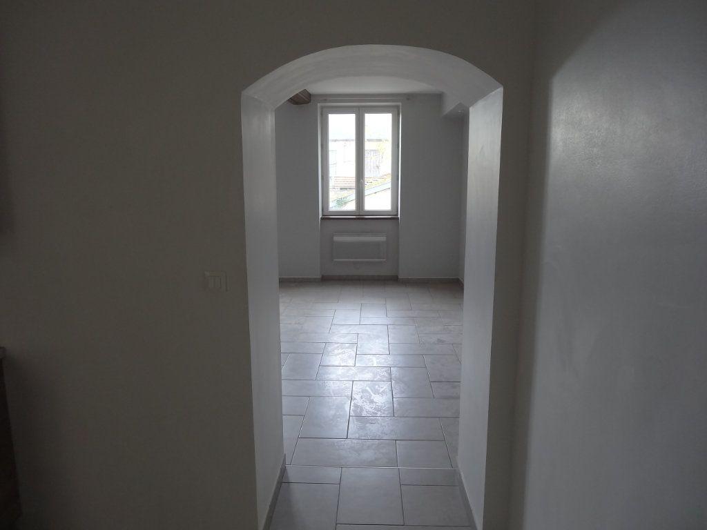 Appartement à louer 3 65.43m2 à Saint-Genis-Laval vignette-9