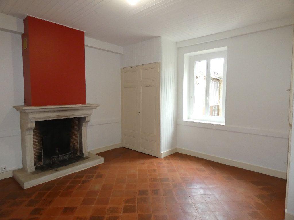 Maison à louer 6 148m2 à Saint-Genis-Laval vignette-6