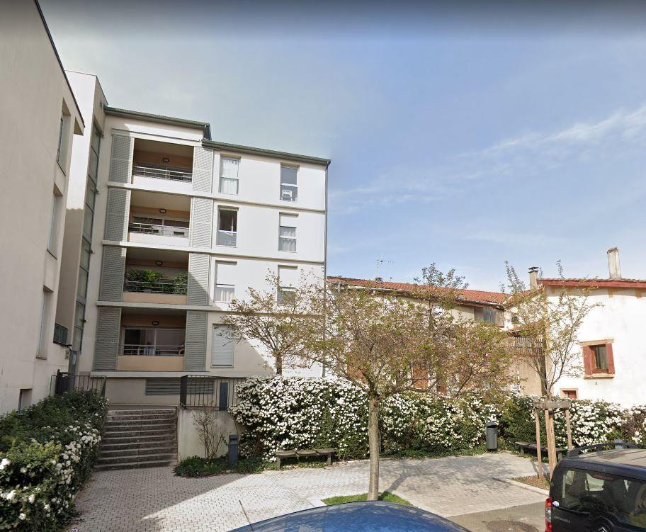 Appartement à louer 3 72.67m2 à Irigny vignette-1