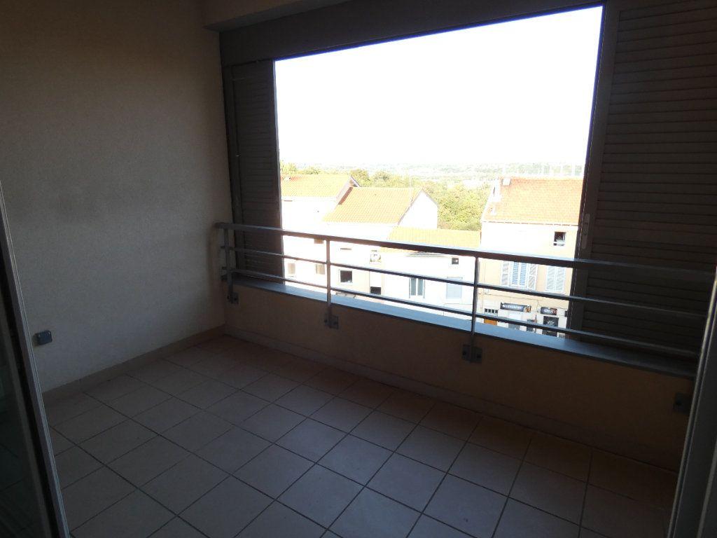 Appartement à louer 3 72.67m2 à Irigny vignette-5